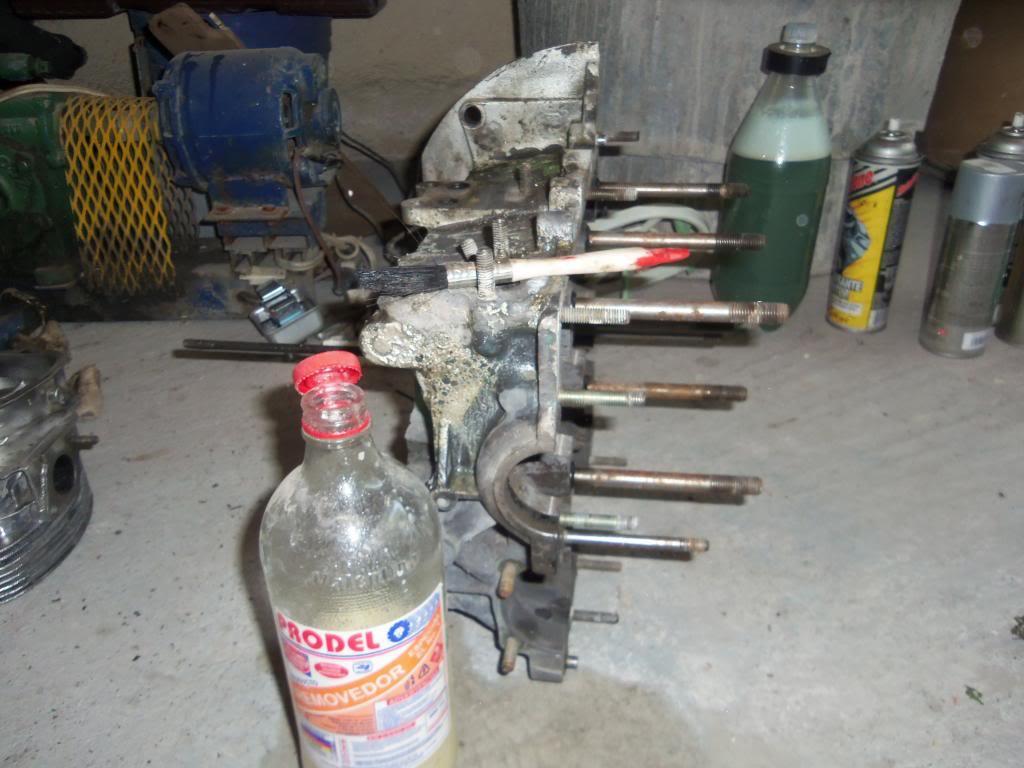Armado de motor (avances) 100_2593_zps87b0b262