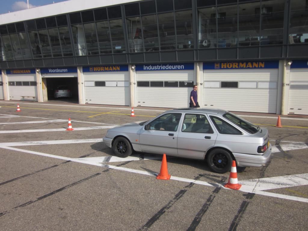 Ford Sierra 2.0 DOHC Turbo. IMG_5135_zpsb6af37b4