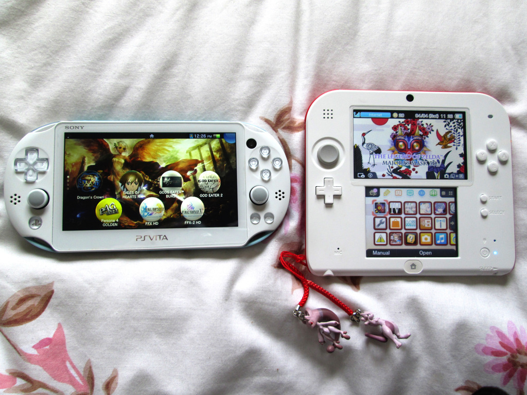 I now have four 3DS consoles. - how is your collection looking? - Page 3 IMG_0899_zpsxafp8tg2
