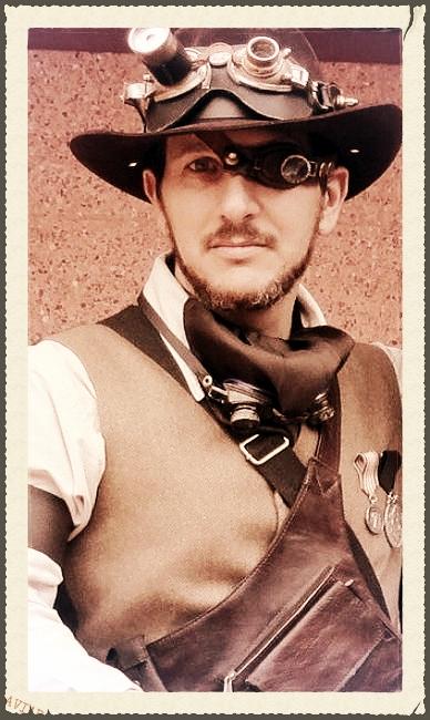 Barba y bigote del Profesor R. Crowyden, aventurero-arqueólogo D8a925f3-255e-464e-bfb9-fe29684421bc_zpsdbc4c1fb