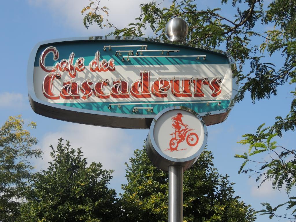 Le Café des Cascadeurs - Page 9 DSCN1911_zpsf29698a9
