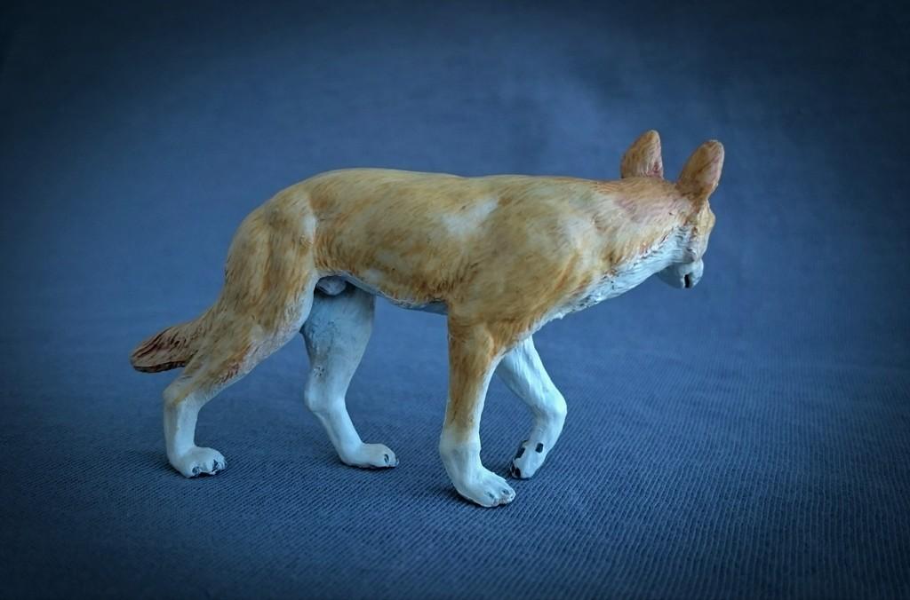 Southlands Replicas - Red Kangaroo Buck, Dingo and Echidna 5_zps4efctlsr