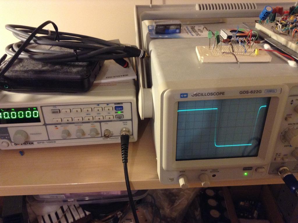 Etude sur la localisation de contrôle de volume dans une chaine audio Image.jpg4_zps9lcka3rr