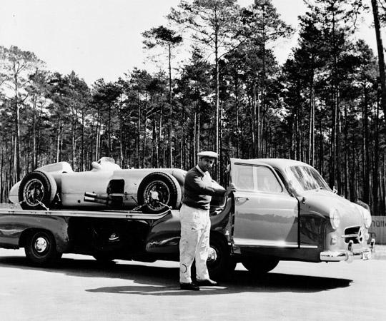 Mercedes 300 transporter (1952) E2d0e17015cc85da6568fa2d4970acfa_zps40e76268