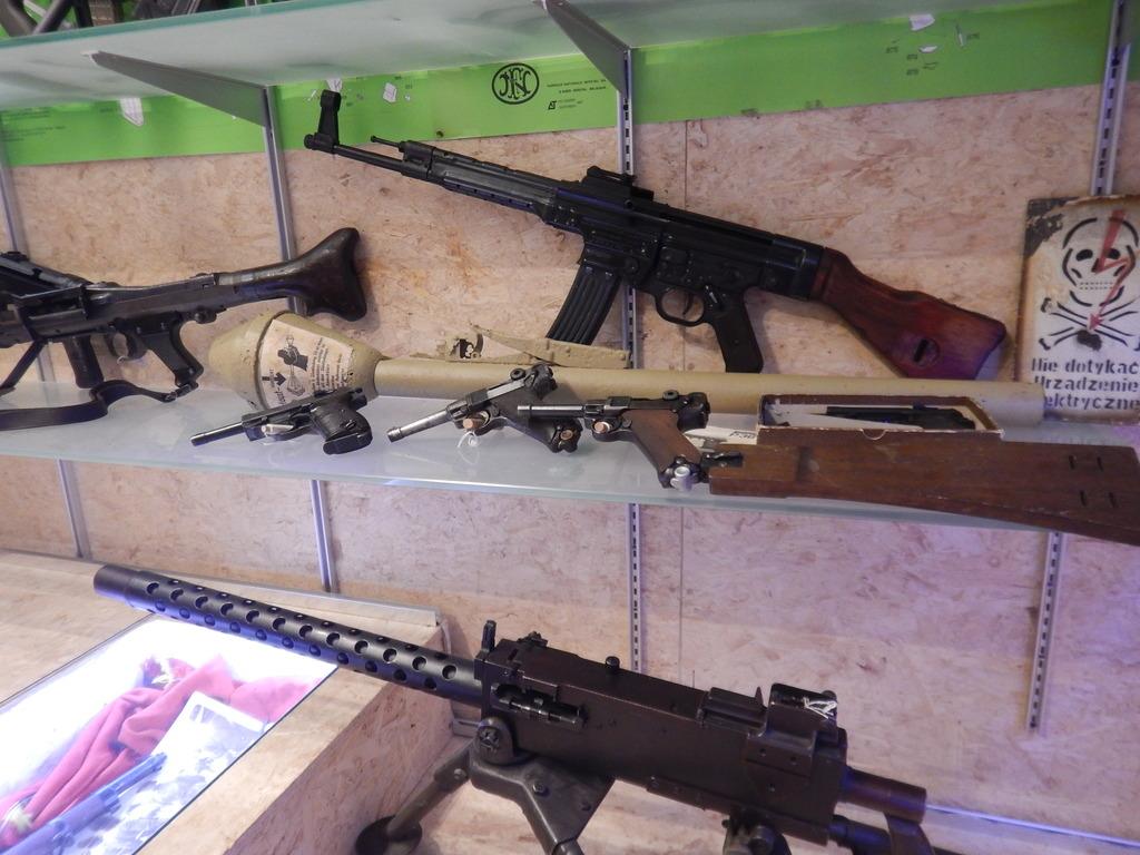 Achtung Sturmgewehr MP44 DSCN7667_zpsk7l99rsk