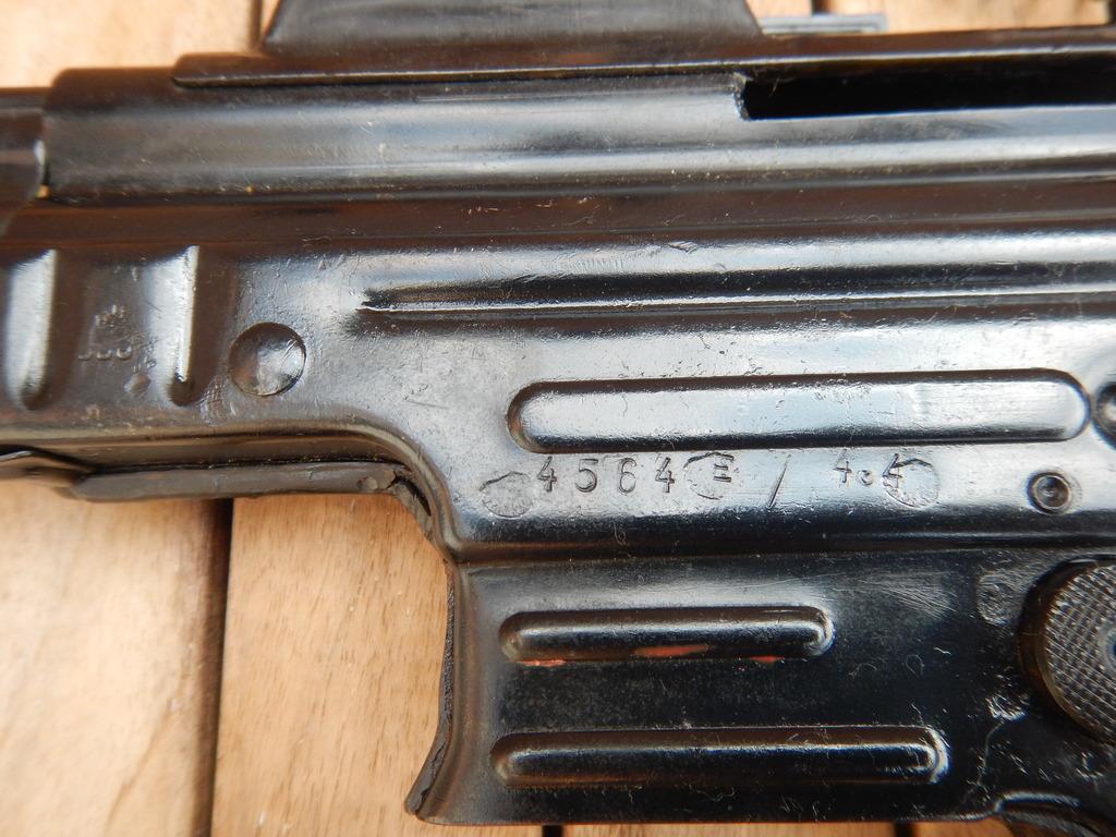 Achtung Sturmgewehr MP44 DSCN7692_zpspc2vfo3z