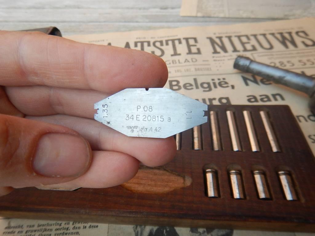Toolset allemande WW2  P08 P38 MG08 DSCN2945_zpsl2i80hhx