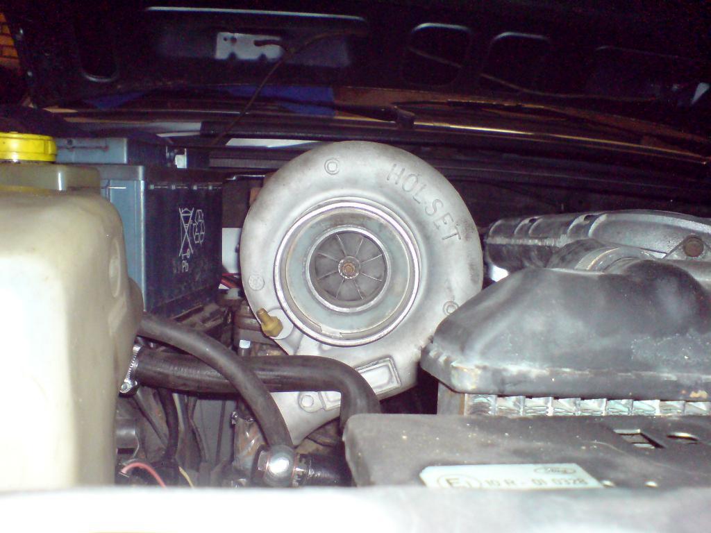 Jobio/Johan - Ford Granada Kombi Turbo  Mappad 431,4Whp 544,5Wnm - Sida 3 DSC02719_zps10bb0c73