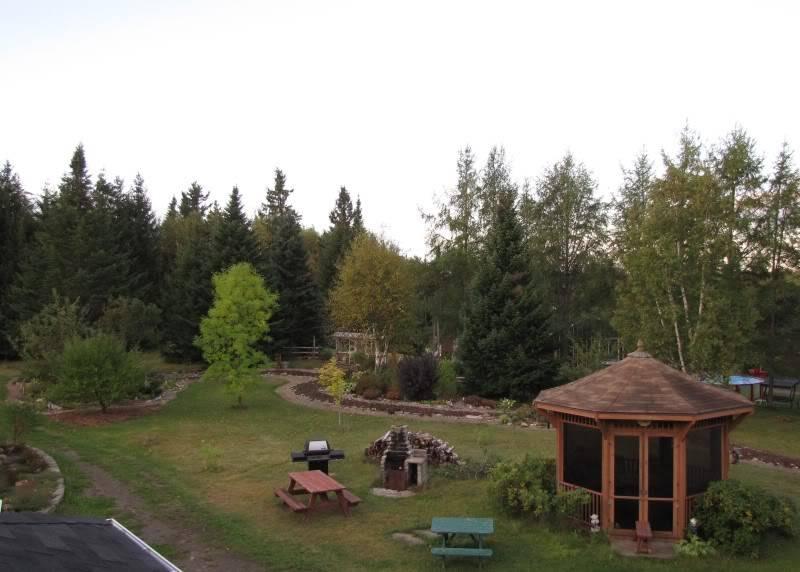 Platebande en avant de la maison 23-09-2010010