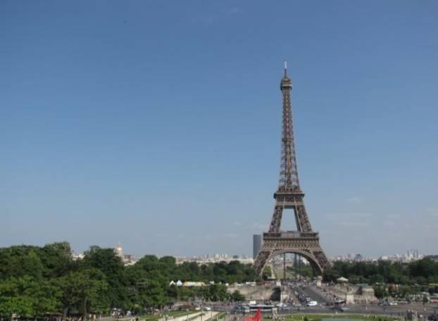 Paris,La Bastille,Tour Eiffel,Champs de Mars IMG_0578_640x480