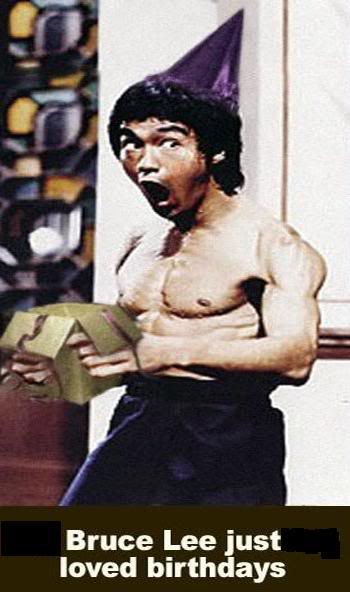 Pics that made you lol - Page 2 BruceLee-1