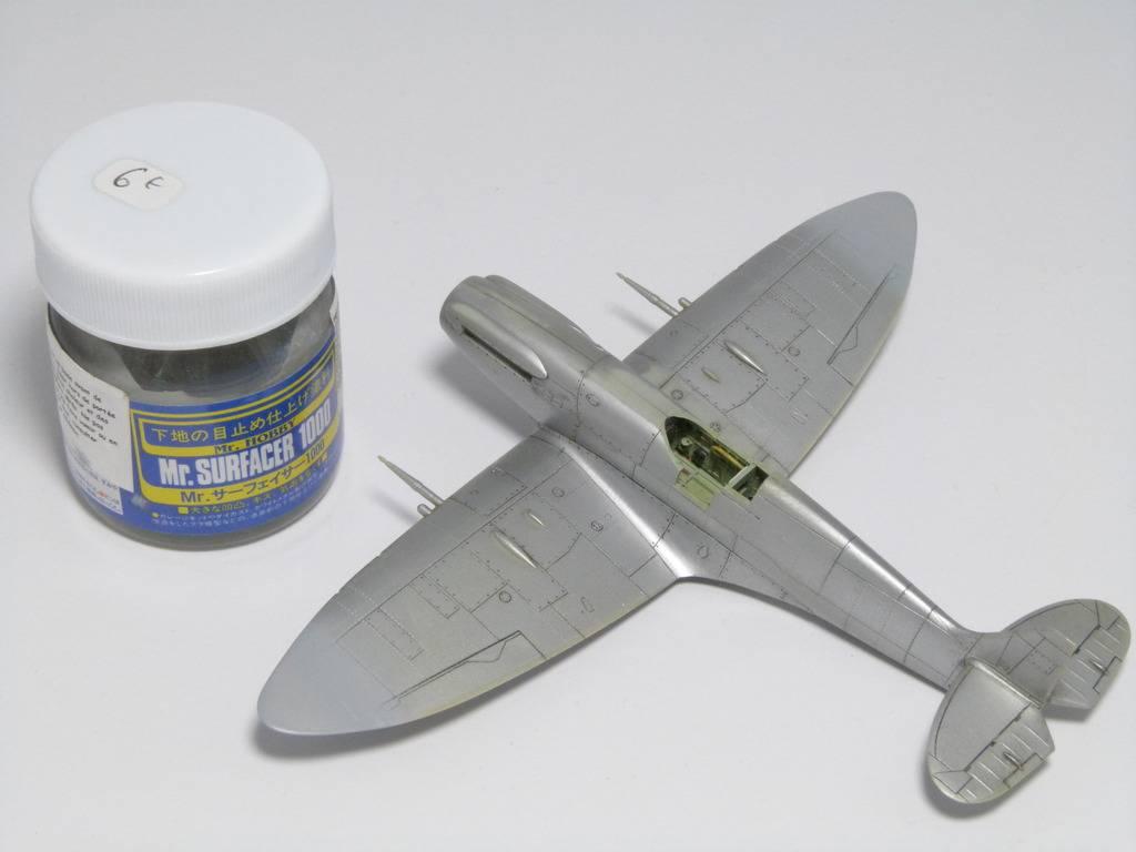 Spitfire Mk. XIVc Academy 1/72 - Terminé P1140641_zpsqzrw8vvy