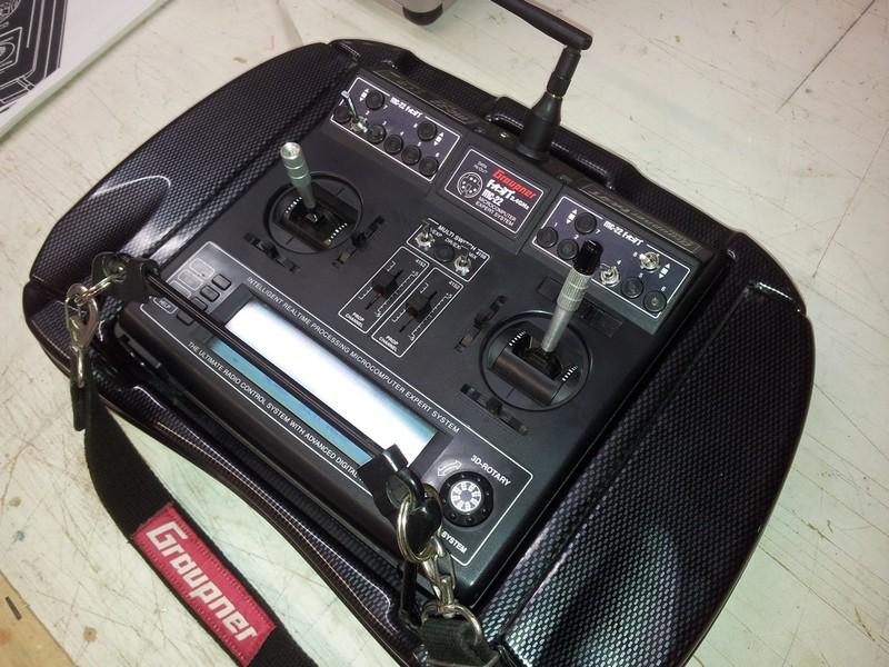 Vends Radio GRAUPNER MC22 HOTT 2_zpsc8vw8kvg