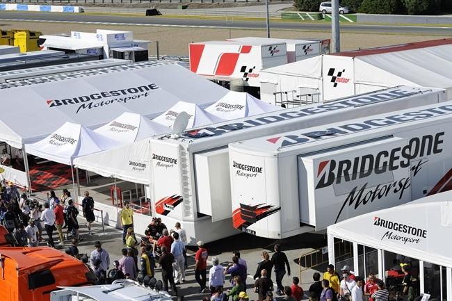 Bridgestone dejará de ser el proveedor oficial de neumáticos después del 2015 Bridgestone_motogp_02_zps32781c6e
