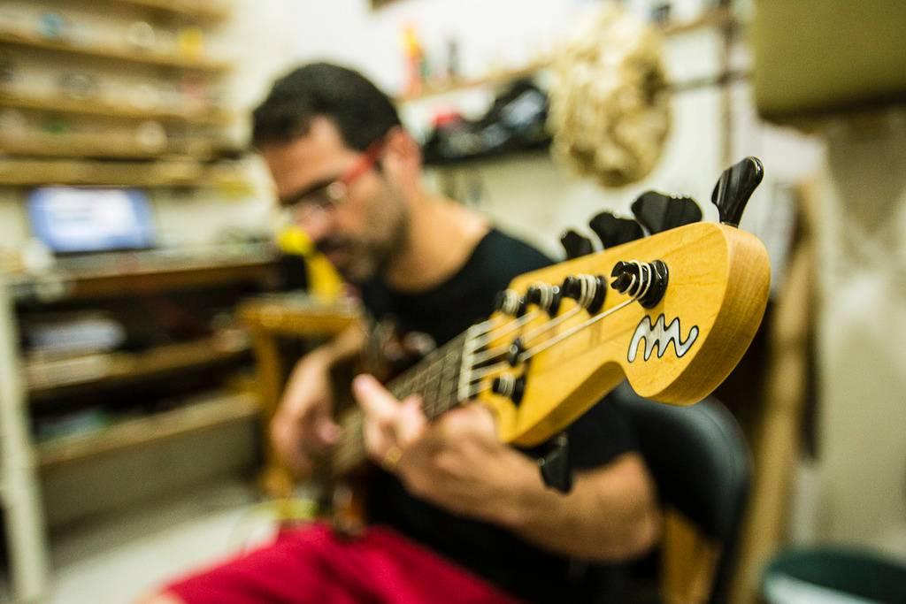 MLaghus Super Jazz Bass 5C - Chegou! Igor%20SRV-6_zpsuz71luug