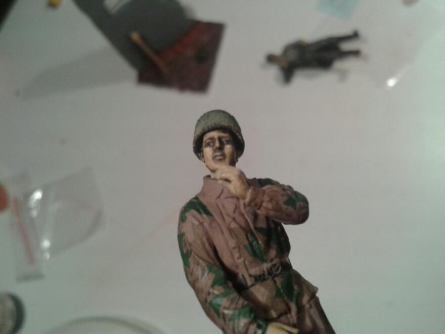 Scénette Parachutiste Allemand 1945 1358619220037_zps603350d8