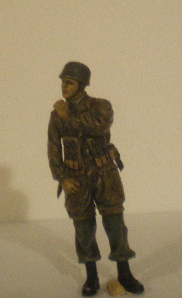 Scénette Parachutiste Allemand 1945 IMGP0129_zps891b69d5