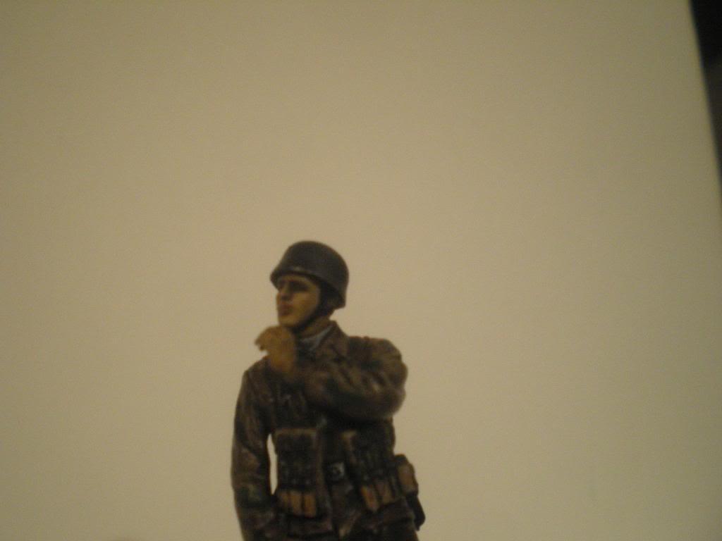 Scénette Parachutiste Allemand 1945 IMGP0131_zps047e9509