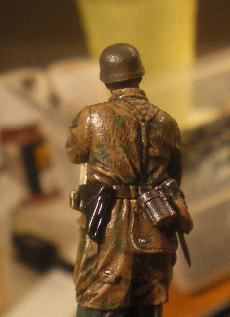 Scénette Parachutiste Allemand 1945 D5049714-7a71-4974-8836-e720488df7d2_zpsb9d35405