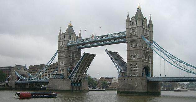 Londres: Tower Bridge y Río Támesis Towerbridgeriotamesis_zps6cc645c6