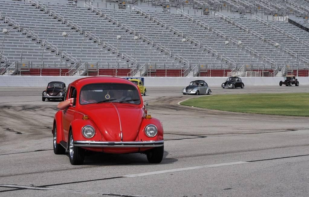 '73 Standard Beetle (AKA The Red Baron) - Page 2 Bba2248e81eec9ea97921f0e66922b6d_zps1459177c