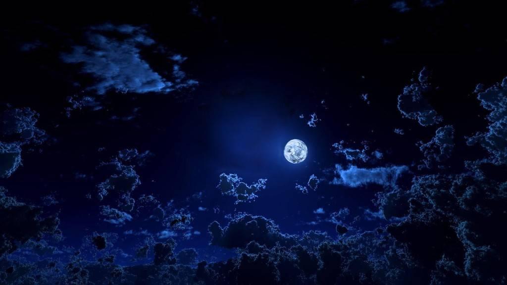 Viajero de historias errantes (Priv.Celestia) Moonlit-sky_zpsiosdwtua
