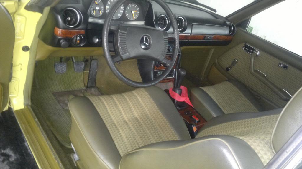 Compro W123 Coupe 220_zpse1124de6