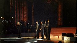 [Music Artist Wiki] Mariah Carey (thiếu) 250px-Mariah_Carey_One_Sweet_Day_Madison_Square_1995_zps1ef8f34e