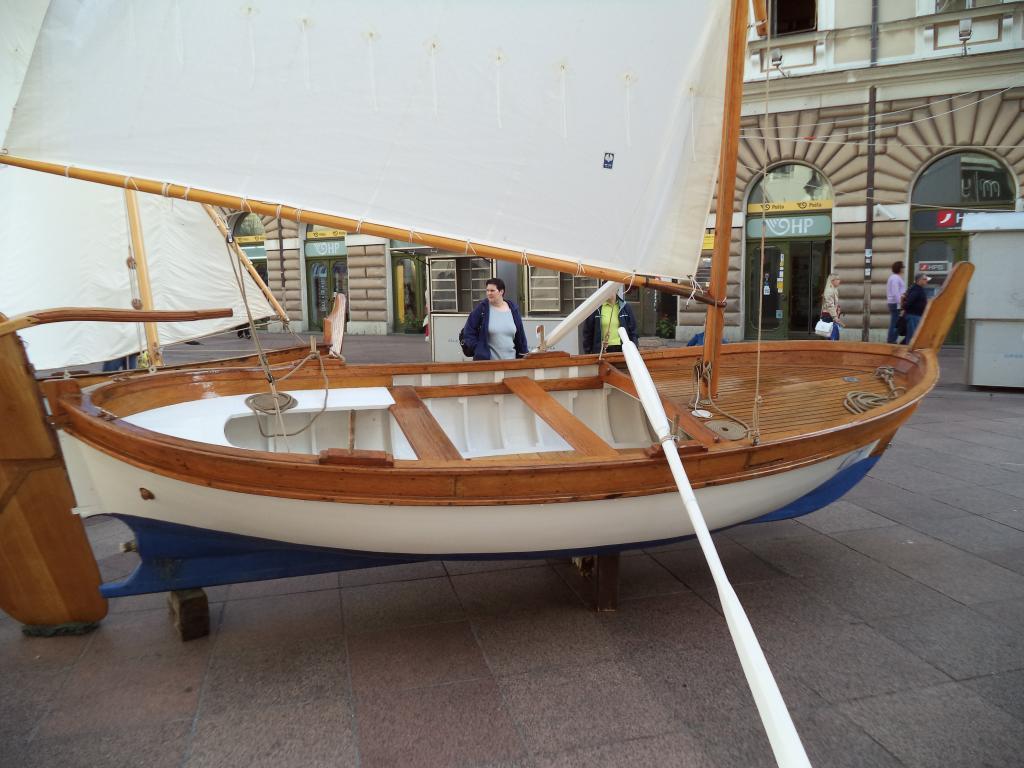 Izložba drvenih tradicijskih barki na Korzu - Rijeka 2014 DSC00849_zpsa639fd3a