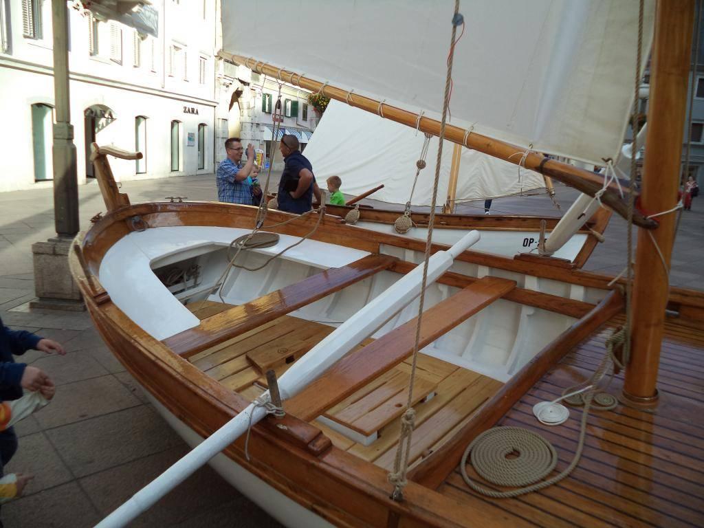Izložba drvenih tradicijskih barki na Korzu - Rijeka 2014 DSC00851_zps8037417f
