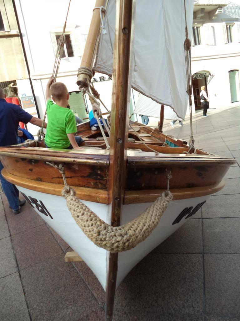 Izložba drvenih tradicijskih barki na Korzu - Rijeka 2014 DSC00853_zps3bdc85a5