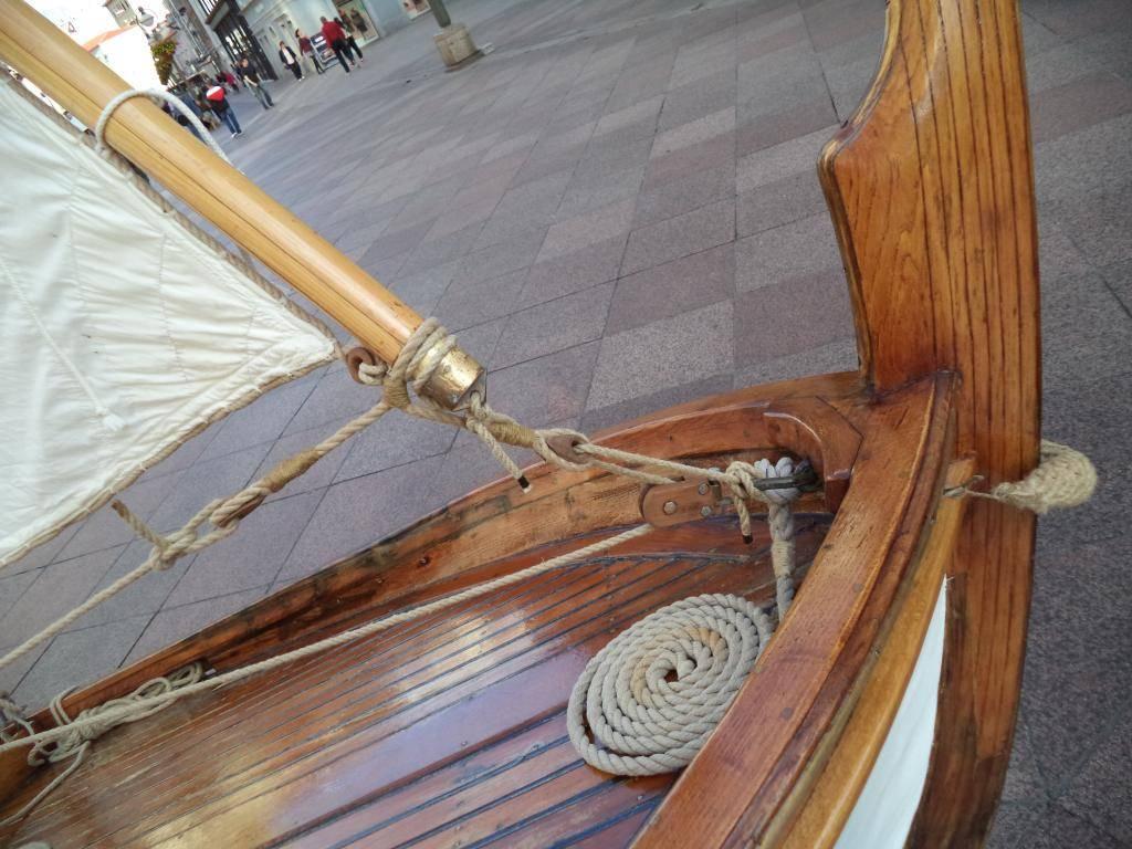 Izložba drvenih tradicijskih barki na Korzu - Rijeka 2014 DSC00858_zps2fd7ffb3