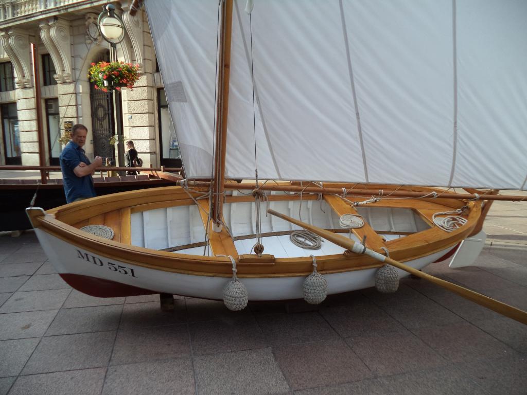 Izložba drvenih tradicijskih barki na Korzu - Rijeka 2014 DSC00862_zps4799a17a