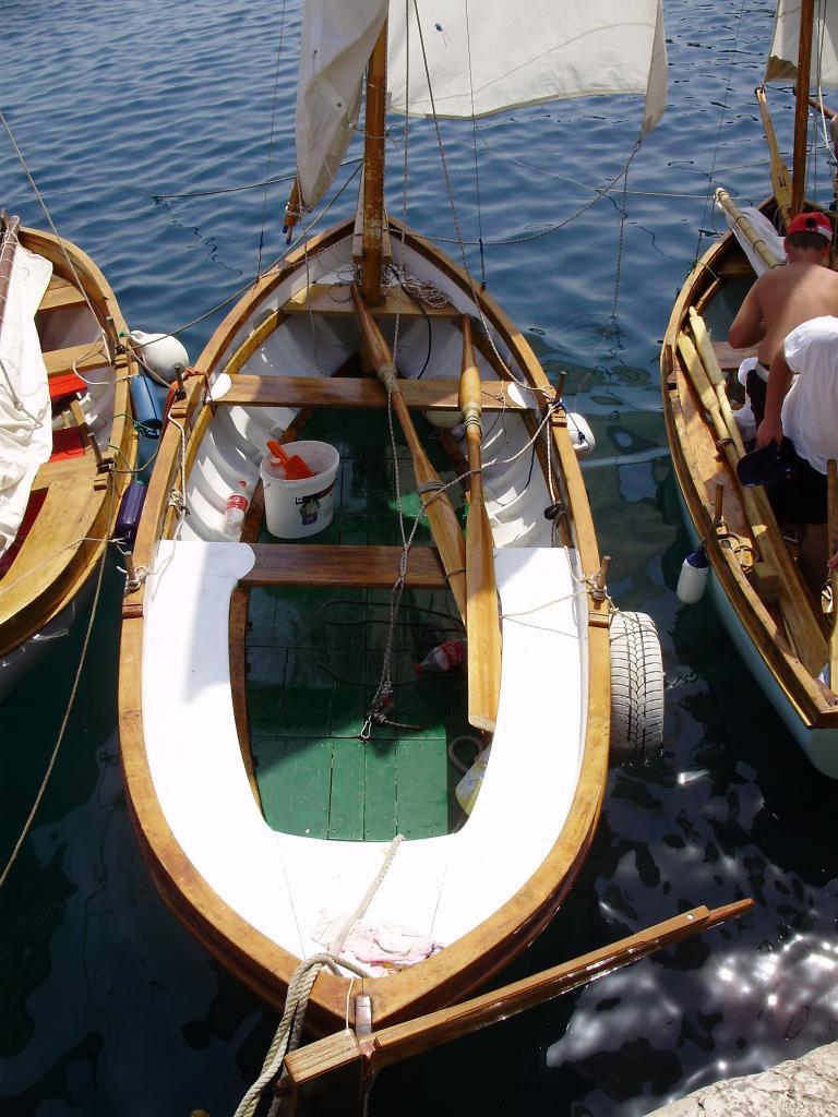 Regata tradicijskih barki-Mošćenička Draga 2012. P6080021_zps76aa25ea
