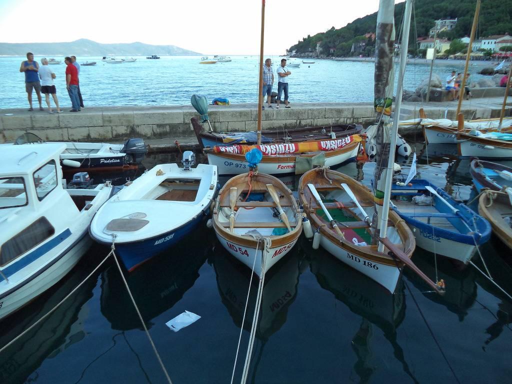 Regata tradicijskih barki u Moščenićkoj Dragi 2015 DSC02304_zps7khvirgb