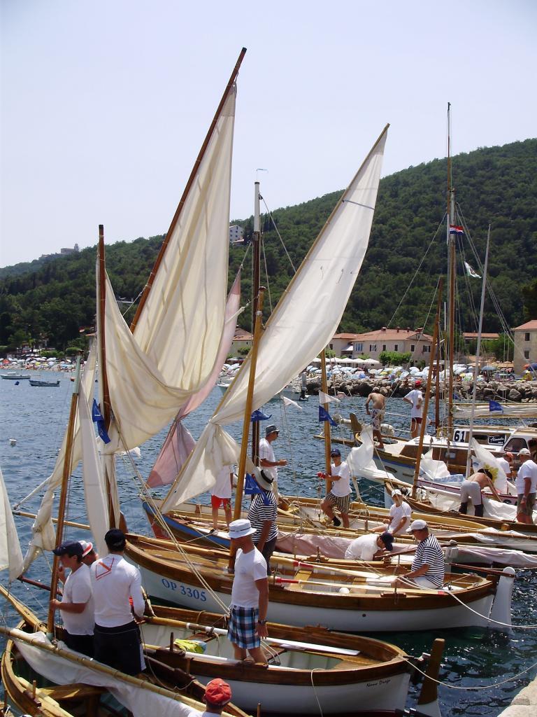 Regata tradicijskih barki-Mošćenička Draga 2012. P6080039_zpsfa01f693