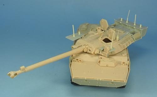 Nouveautés KMT (Kits Maquettes Tank). - Page 2 KMT%20KMT35014K%20conversion%20brouilleurs%20AMX%2010%20RCR%2001_zps0g4gsmtq