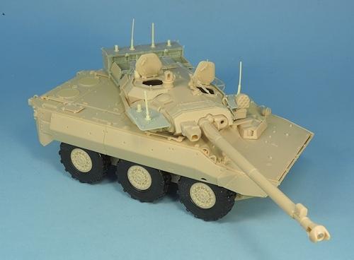 Nouveautés KMT (Kits Maquettes Tank). - Page 2 KMT%20KMT35014K%20conversion%20brouilleurs%20AMX%2010%20RCR%2002_zpsozatnpdf