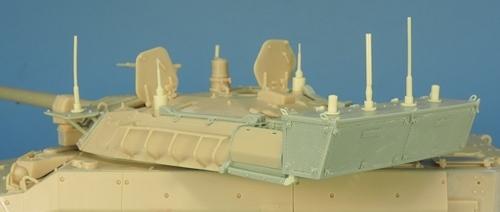 Nouveautés KMT (Kits Maquettes Tank). - Page 2 KMT%20KMT35014K%20conversion%20brouilleurs%20AMX%2010%20RCR%2004_zpsgtuugbru
