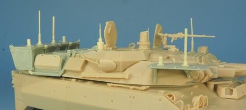Nouveautés KMT (Kits Maquettes Tank). - Page 2 KMT%20KMT35014K%20conversion%20brouilleurs%20AMX%2010%20RCR%2005_zpsx0tvddfl