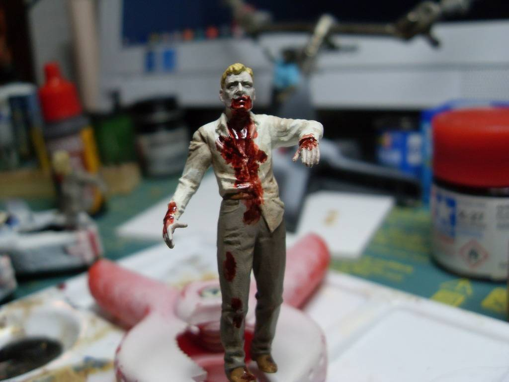 Endzeit / Zombies 1:35 - Seite 2 SDC12961_zpsakmdsinw