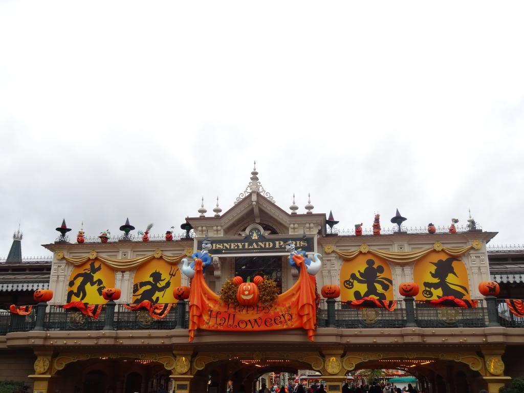 Une journée à Disneyland pour découvrir la période d' Halloween ! DSC02784_zps8b19aff6