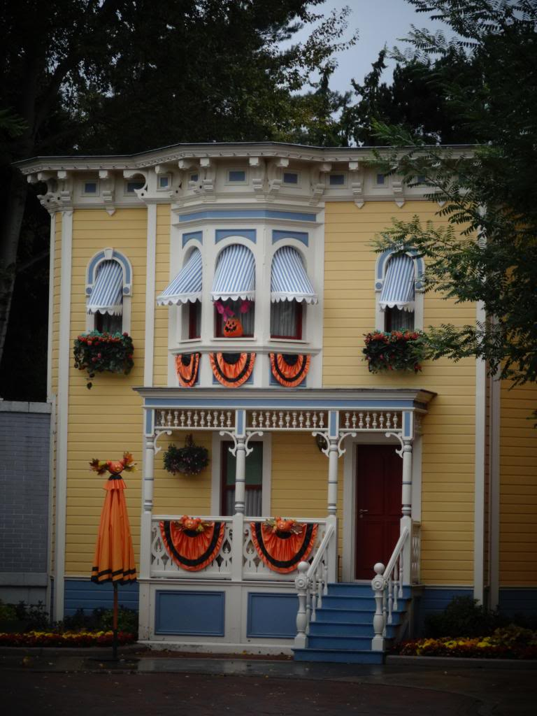 Une journée à Disneyland pour découvrir la période d' Halloween ! - Page 2 DSC02806_zpsd2432220