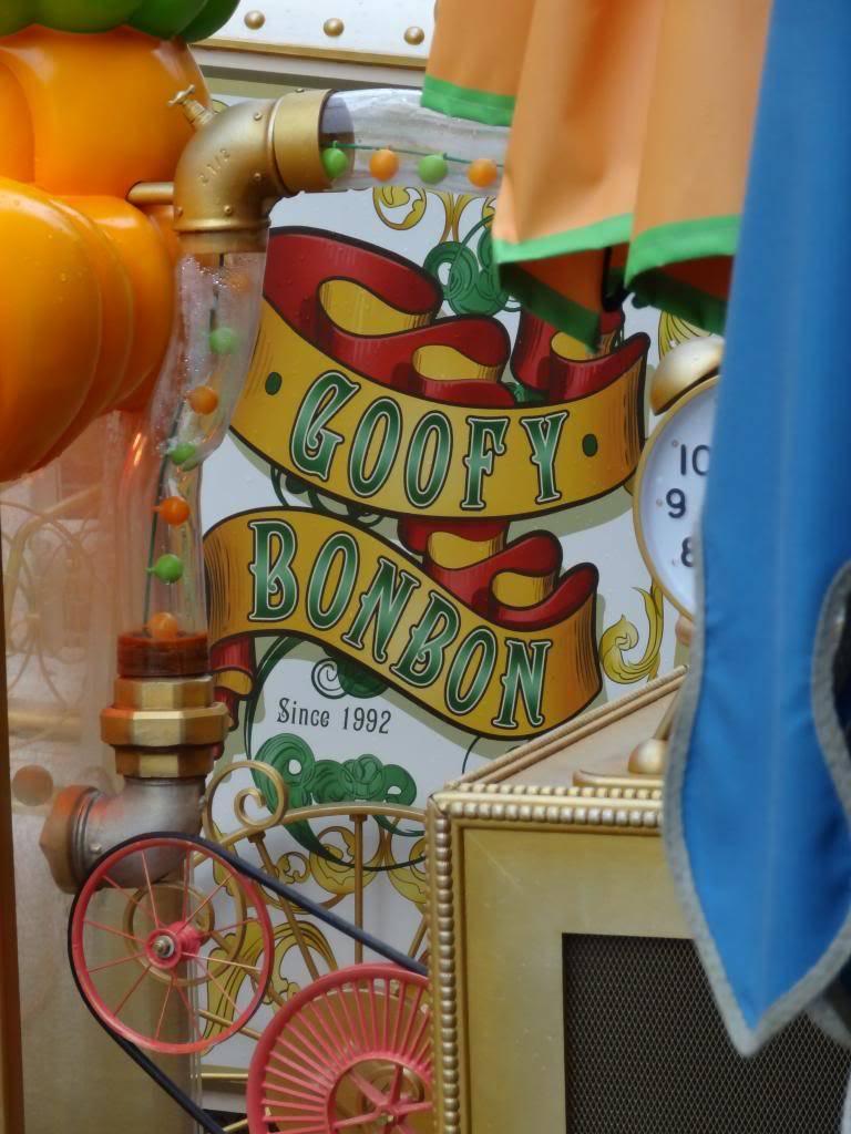 Une journée à Disneyland pour découvrir la période d' Halloween ! - Page 2 DSC02819_zpsfeed9cd5