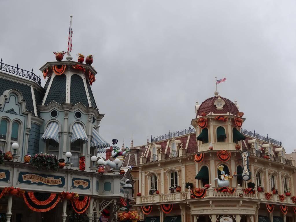 Une journée à Disneyland pour découvrir la période d' Halloween ! - Page 2 DSC02820_zpscfc21078