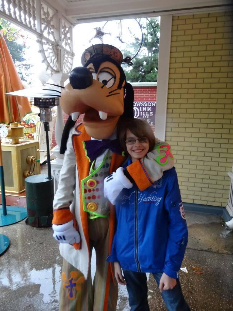 Une journée à Disneyland pour découvrir la période d' Halloween ! - Page 2 DSC02850_zps12e4f863