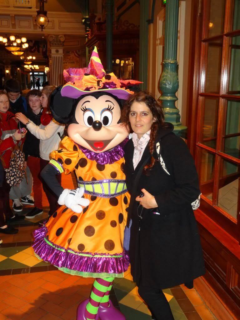 Une journée à Disneyland pour découvrir la période d' Halloween ! - Page 2 DSC02860_zpsa784455f