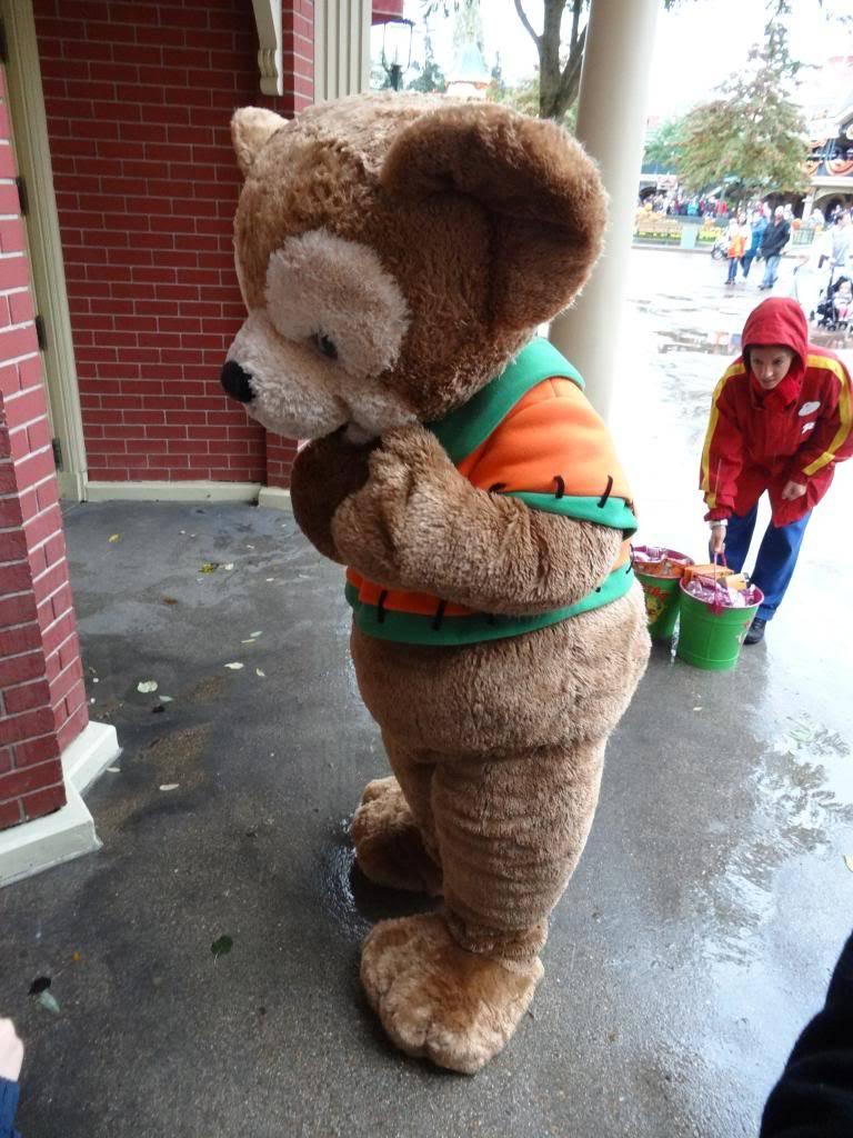 Une journée à Disneyland pour découvrir la période d' Halloween ! - Page 2 DSC02862_zps139251ac