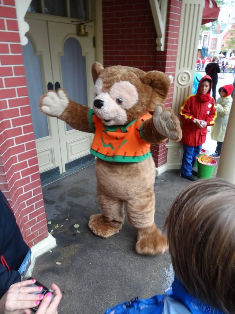 Une journée à Disneyland pour découvrir la période d' Halloween ! - Page 2 DSC02874_zps71db24be