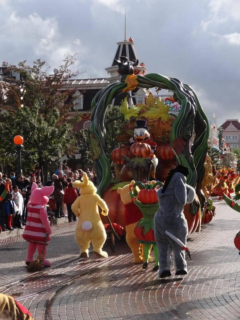 Une journée à Disneyland pour découvrir la période d' Halloween ! - Page 4 DSC02940_zpsd25b38b1